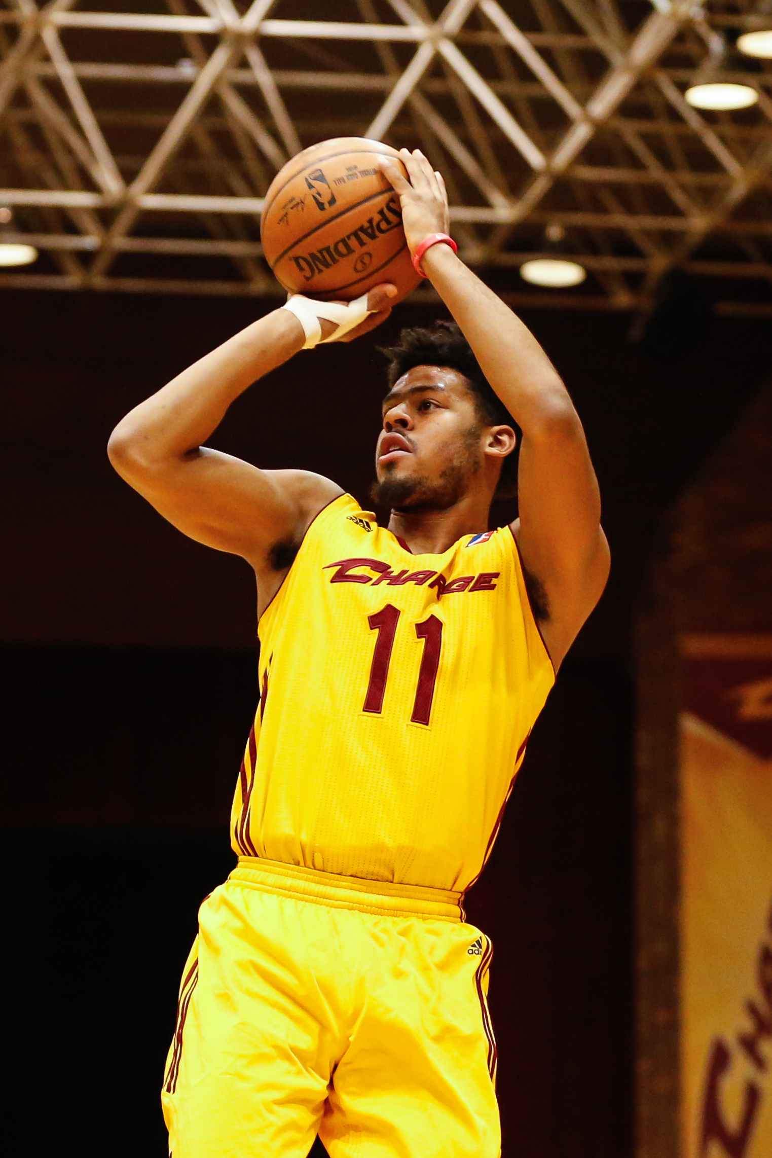 Canton Charge Guard Quinn Cook - April 11, 2016 Photo on ...
