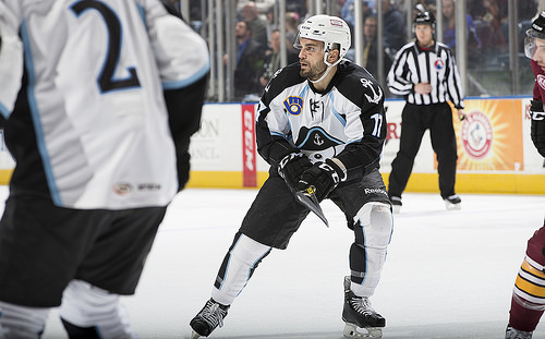 Milwaukee Admirals vs. Chicago Wolves