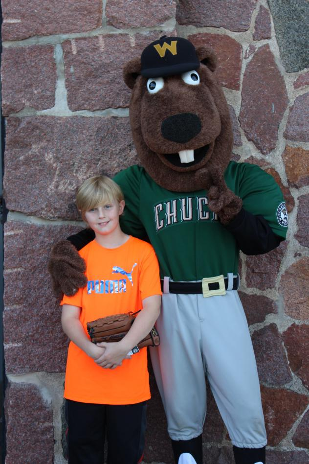 Wisconsin Woodchucks Welcome Millionth Fan Kaleb Farrar