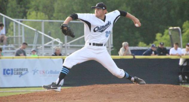 Lakeshore Chinooks Pitcher Connor Jones