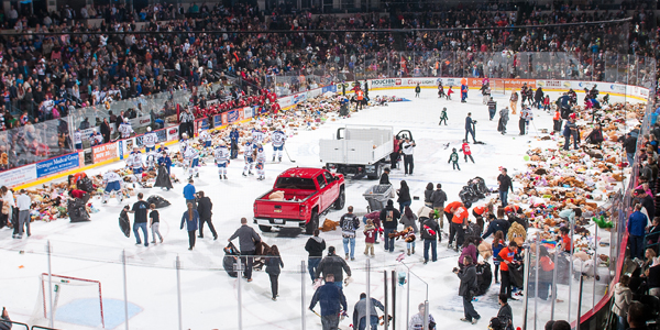 AHL: Hamilton's Teddy Bear Toss Goal In Front Of 8.212 Not Enough