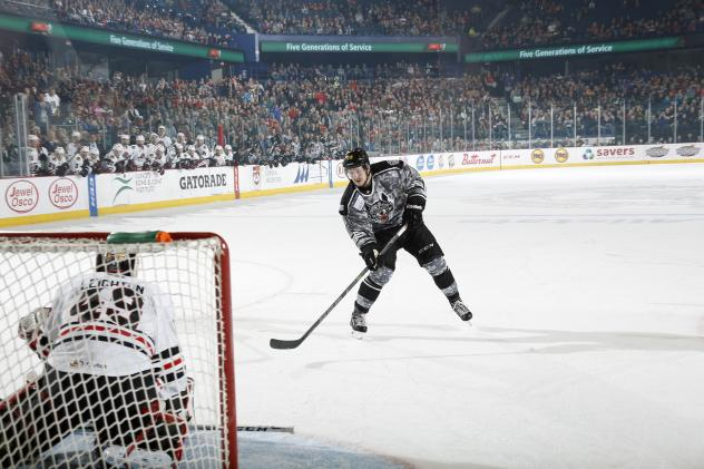 Chicago Wolves RW Danny Kristo Takes a Penalty Shot vs. the Rockford IceHogs