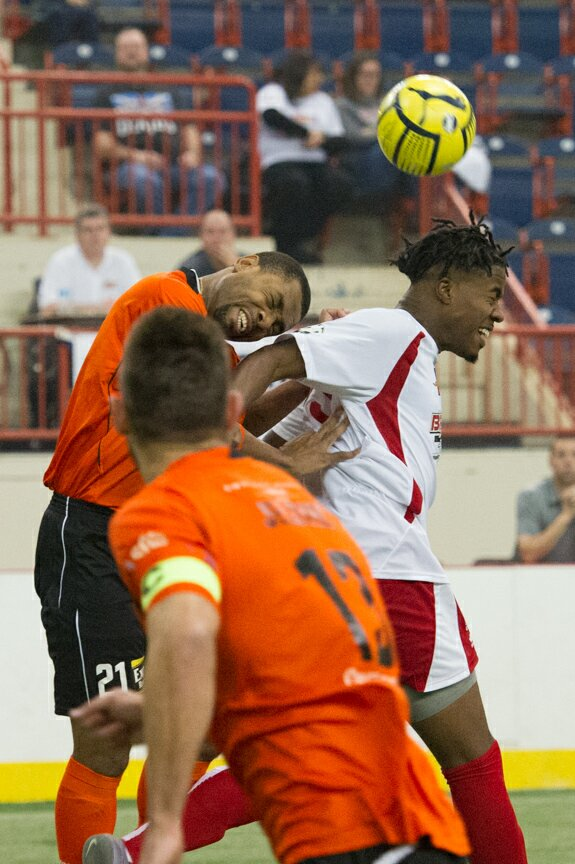 Harrisburg Heat Battle the Syracuse Silver Knights