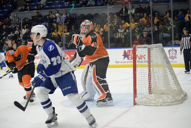 Lehigh Valley Phantoms Goaltender Anthony Stolarz Keeps an Eye on the Action vs. the Syracuse Crunch