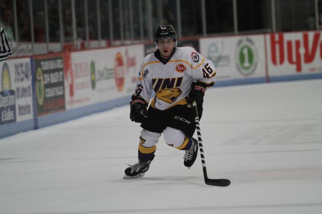 Ben Newhouse of the Waterloo Black Hawks in UNI Jersey