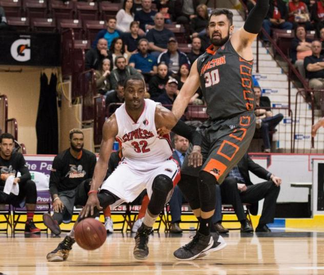 Windsor Express vs. the Moncton Miracles