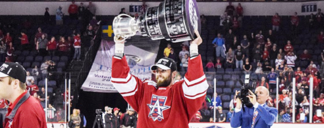 Justin Courtnall with the Allen Americans