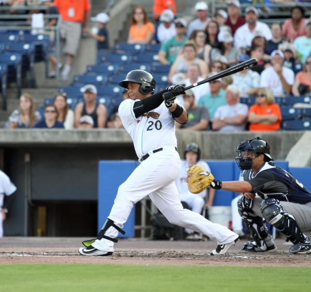 Audry Perez of the Norfolk Tides at the Plate