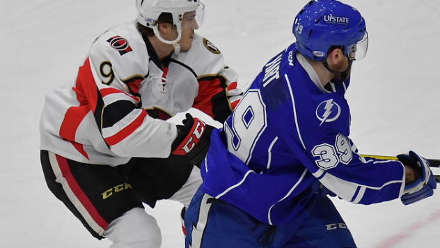 Driedger Stops 37 in 3-2 Shootout Win over Crunch