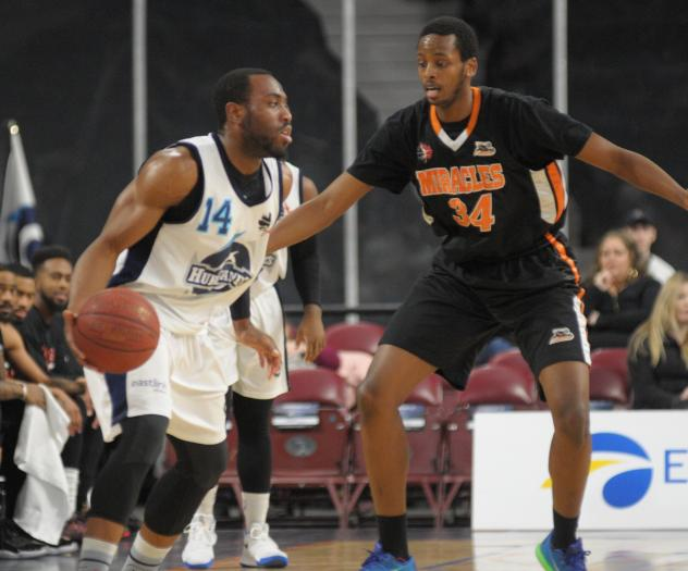 Hurricanes Get Back into the Win Column with 109-98 Defeat of the Moncton Miracles