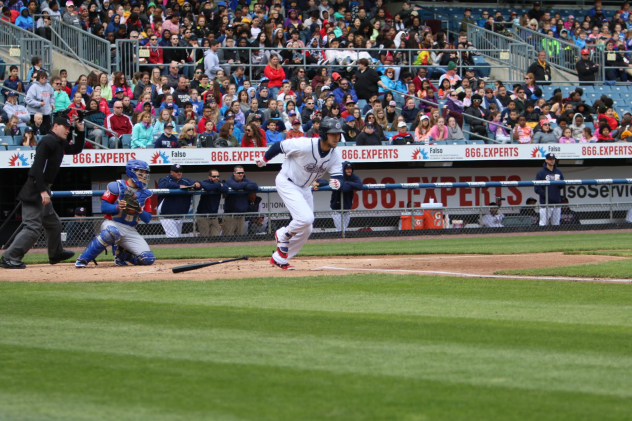 Bisons Beat Chiefs, 7-1, in Series Finale