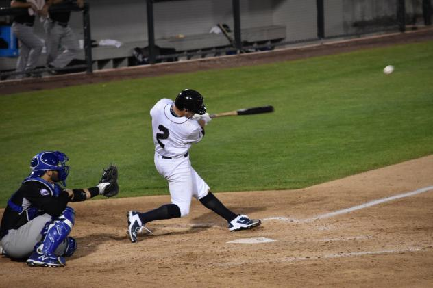 Skeeters Take Series Finale to Earn Split with Patriots