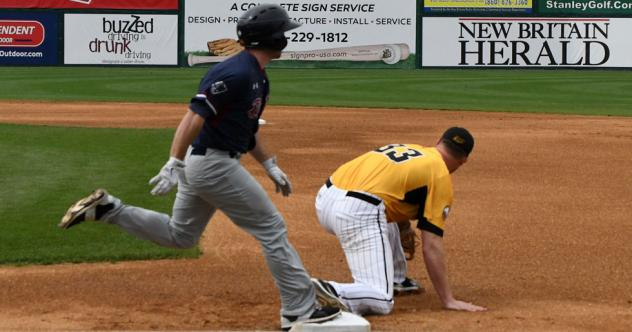 Simon Stymies Somerset in 6-1 New Britain Victory