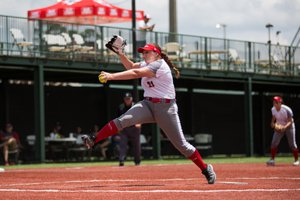 Henderson Tosses Gem in Shut out of Dawgs