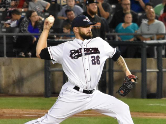 Ducks Take 2-1 Lead in Liberty Division Series with 6-1 Win over Patriots