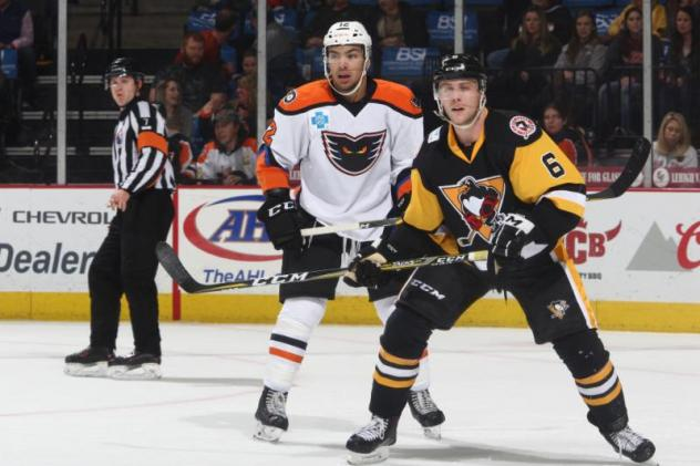 Conner's Impressive Night (Goal, 3 Assists) Powers Phantoms to Critical Standings Points