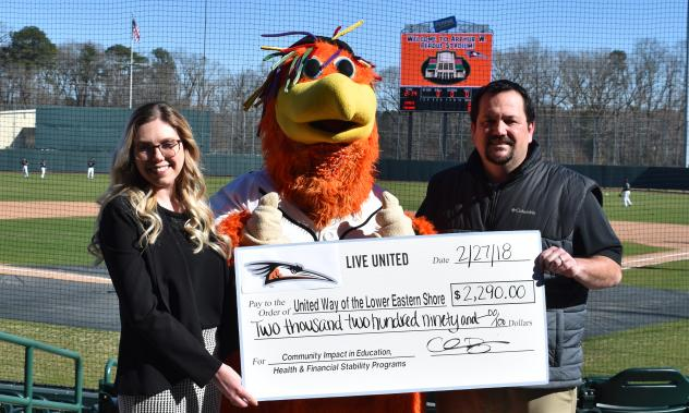 Delmarva Shorebirds present check to the United Way of the Lower Eastern Shore