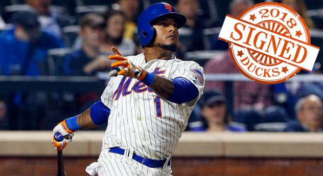 Infielder Jordany Valdespin with the New York Mets