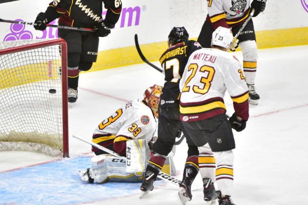 Terry Broadhurst of the Cleveland Monsters scores against the Chicago Wolves
