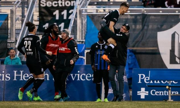 Colorado Springs Switchbacks celebrate a goal against Rio Grande Valley