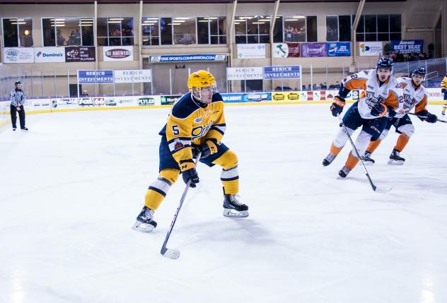 Erie Otters Defenseman Aidan Timmermans vs. the Flint Firebirds