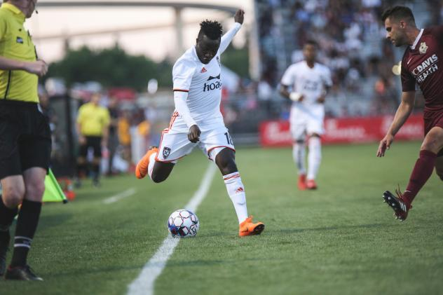 Orange County SC keeps the ball from going out of bounds vs. Sacramento Republic FC