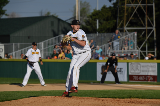 Bismarck Larks on the mound