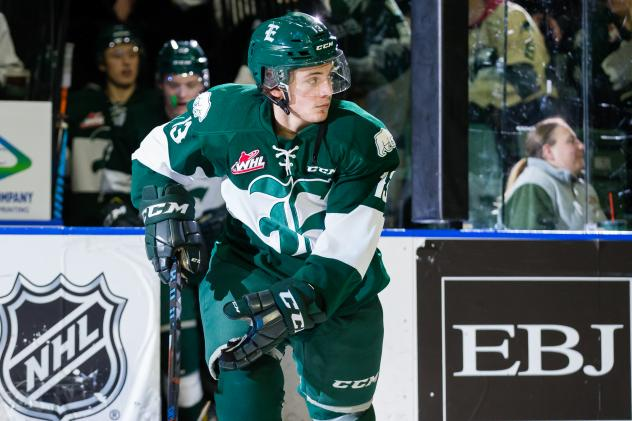 Forward Mark Liwiski skates with the Everett Silvertips