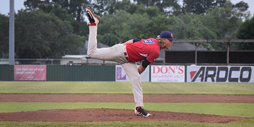 Acadiana Cane Cutters' pitcher delivers