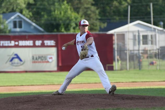 Wisconsin Rapids Rafters on the mound