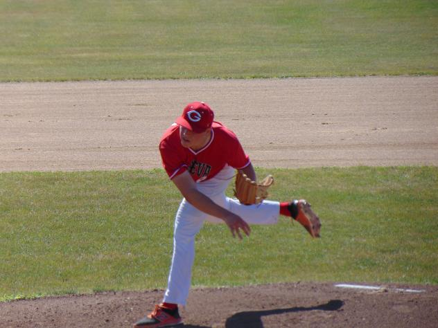 Geneva Red Wings on the mound