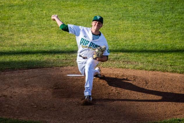 Yakima Valley Pippins pitcher Chase Farrell