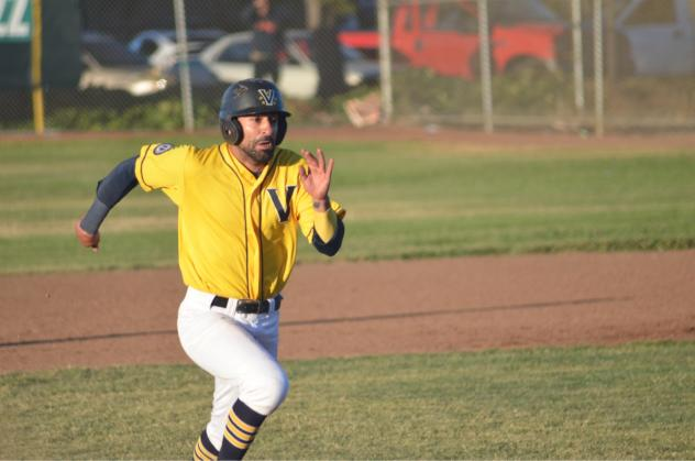 Vallejo Admirals on the basepaths
