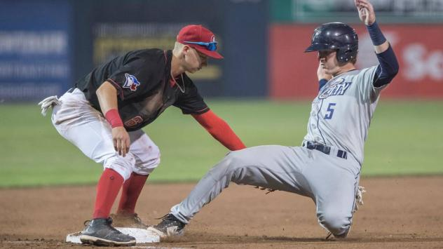 Vancouver Canadians attempt to get the out at second vs. the Tri-City Dust Devils