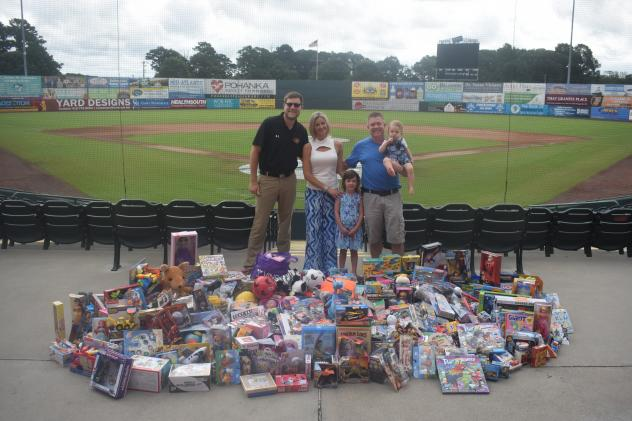 Shorebirds Present Toy Donation to Brooke's Toy Closet