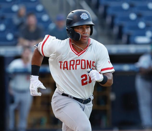 Dom Thompson-Williams of the Tampa Tarpons heads to first