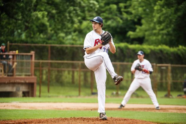St. Cloud Rox pitcher Josh Taylor