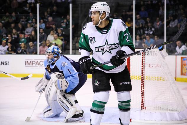 Texas Stars LW Michael Mersch vs. the Milwaukee Admirals