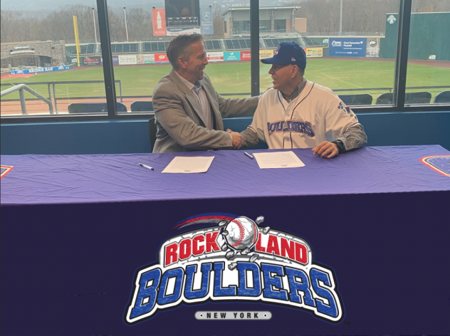 Rockland Boulders President Shawn Reilly welcomes Kevin Baez as the team's new manager