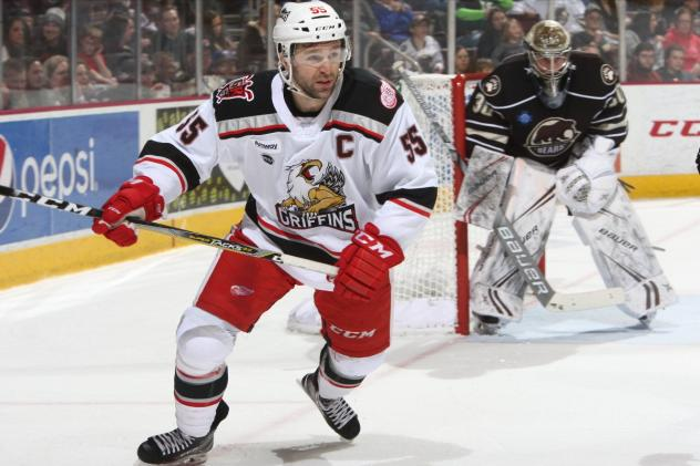 Grand Rapids Griffins RW Matthew Ford vs. the Hershey Bears