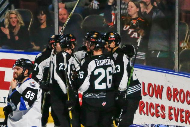 Utah Grizzlies celebrate a goal against the Wichita Thunder
