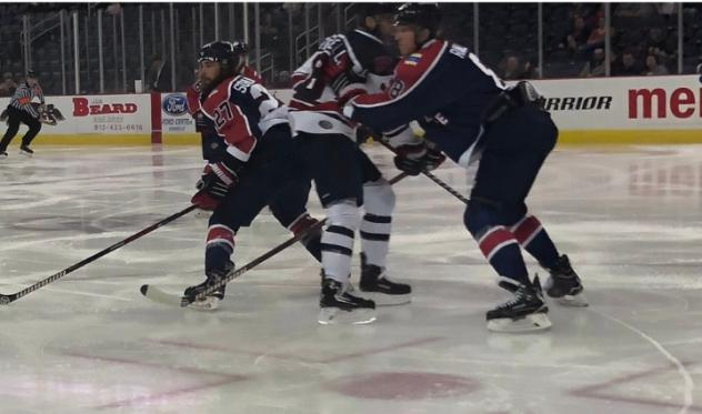 Evansville Thunderbolts vs. the Macon Mayhem