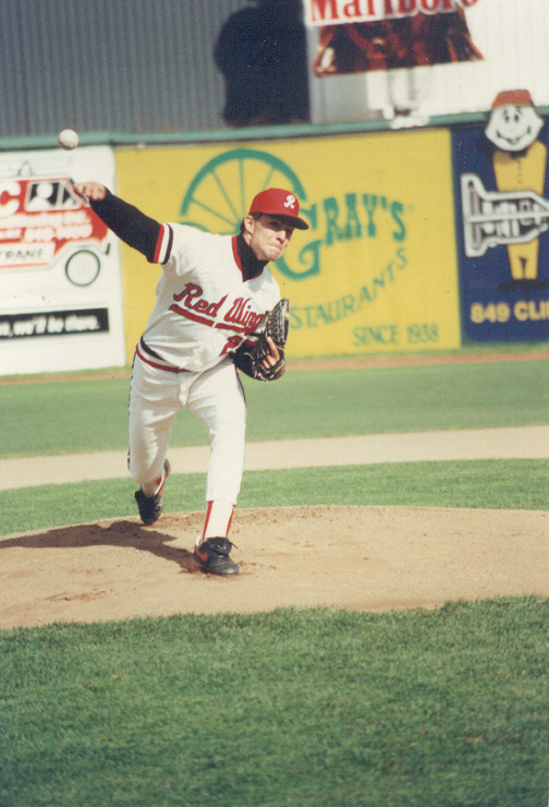 Mike Mussina pitching for the Rochester Red Wings