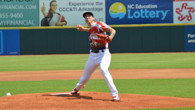 Hickory Crawdads pitcher Hans Crouse