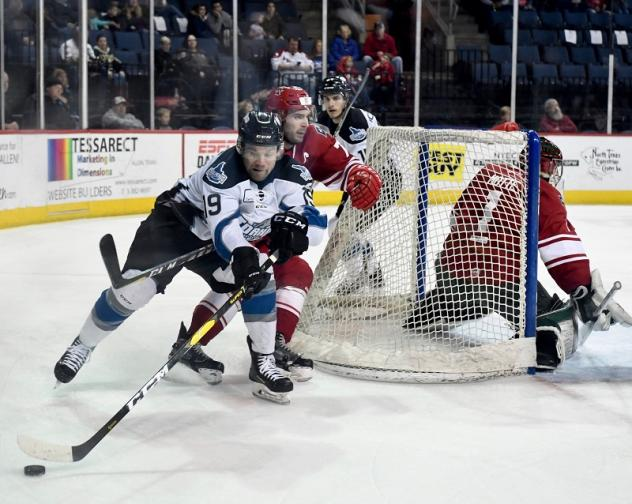 Goaltender CJ Motte and the Allen Americans defense try to hold off the Idaho Steelheads