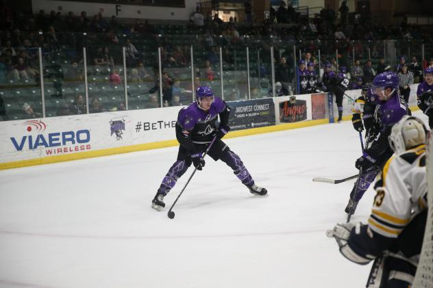 Tri-City Storm looks for an opening against the Green Bay Gamblers