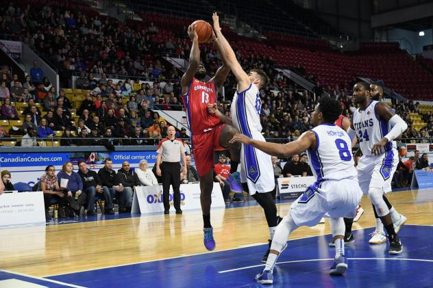 Cape Breton Highlanders forward George Williams takes a shot against the KW Titans