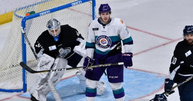Orlando Solar Bears forward Trevor Olson vs. the Jacksonville IceMen