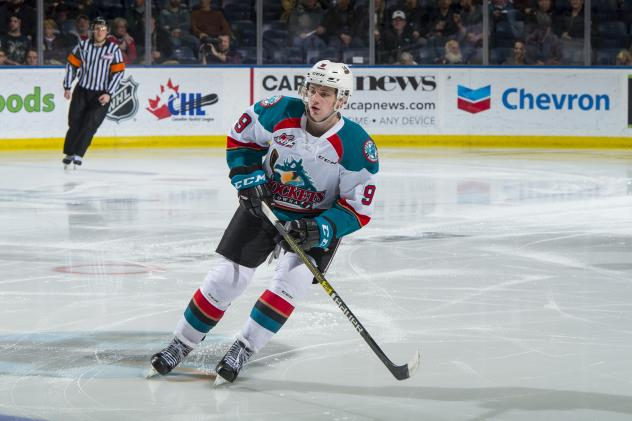 Kelowna Rockets forward Mark Liwiski