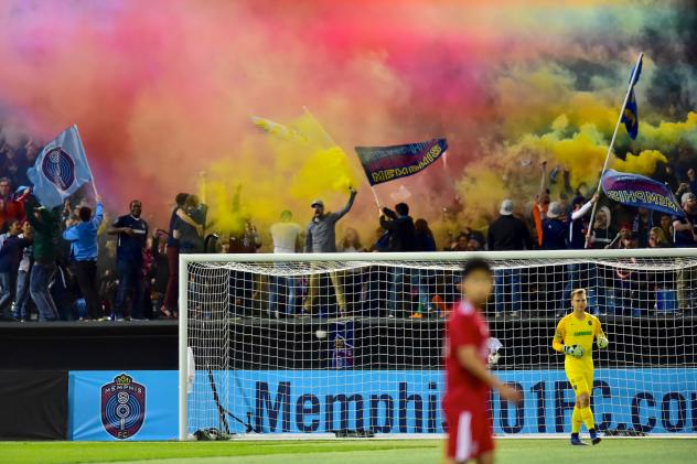 Memphis 901 FC fans unleash the smoke
